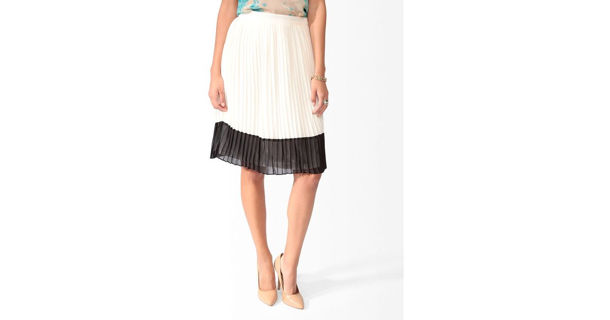 7ca391bcac Forever 21 Pleated Color Block Midi Skirt in Black - Lyst
