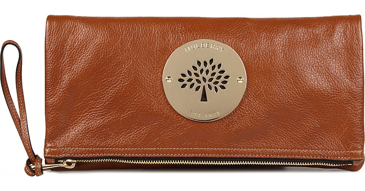 34c8537570 Mulberry Daria Spongy Leather Clutch in Brown - Lyst