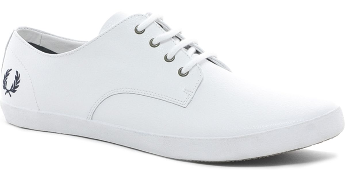 Fred Perry Foxx Leather Plimsolls in