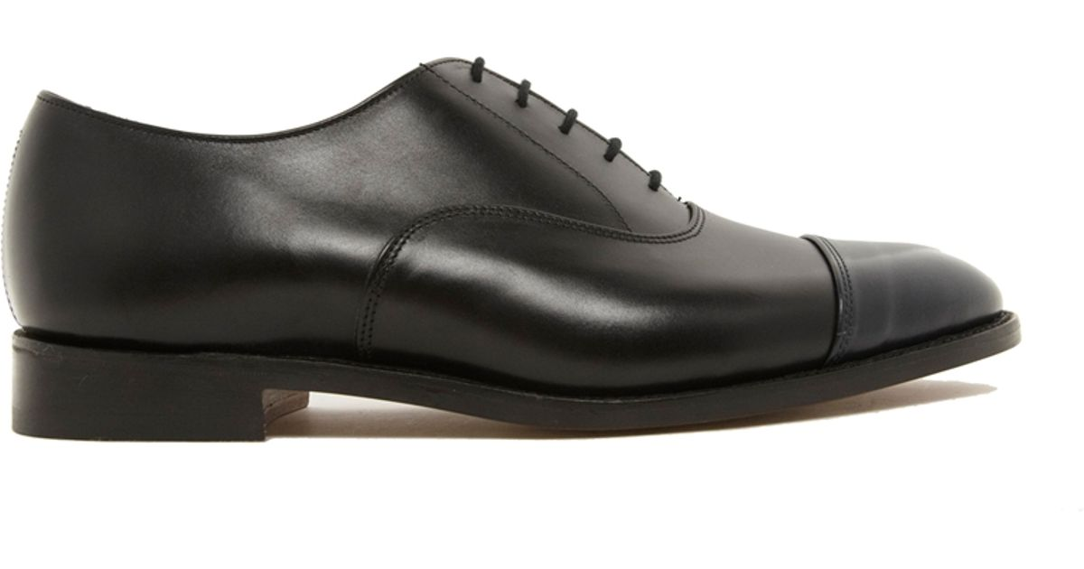 Appleton Cap-toe Leather Oxford Shoes - BlackTrickers Jeu De Jeu En Ligne Vente Chaude Jeu Dernier Sortie Nouvelle Arrivée OhTAi7HGij
