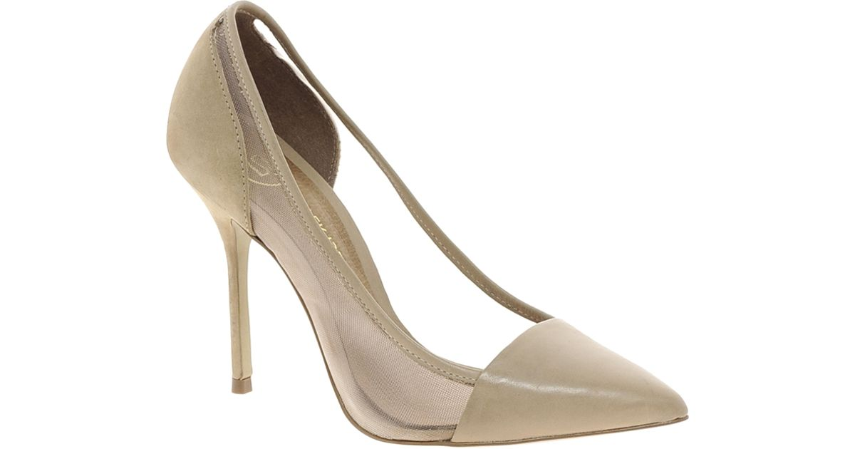 Charles David Proud Dorsay Pump in Nude Leather (Natural