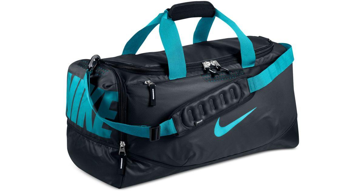 d22c7f4ebe7c ... Nike Water Resistant Team Training Medium Duffle Bag in Blue for Men  Lyst Nike Team Training Max Air Large ...