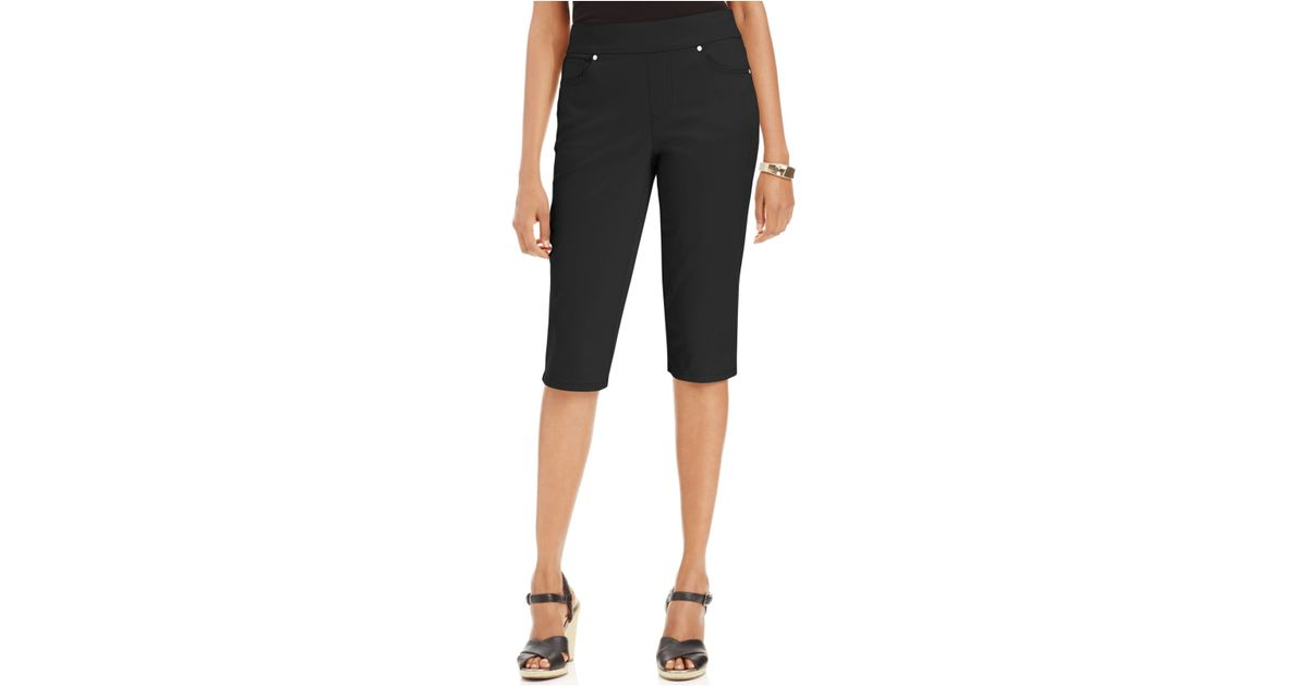 Petite-Pants-Shorts. Picking out the right pair of pants is essential for creating well fitting outfit. And with so many petite pants styles to choose from, you're sure to find fashionable favorites along with the trendiest designs of the season.