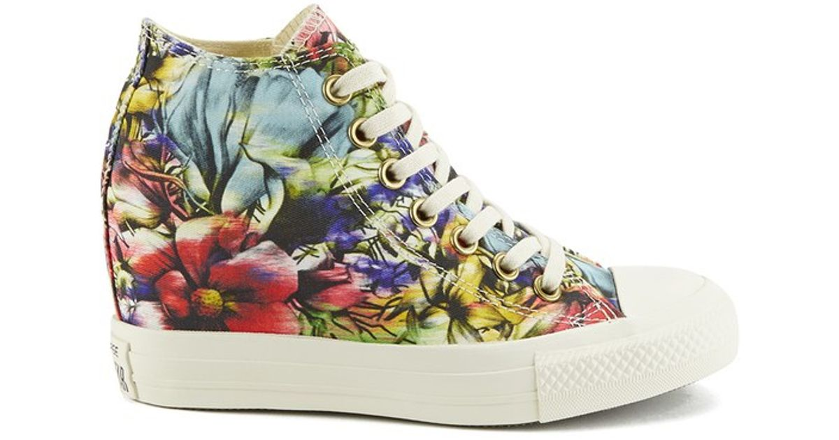 622eae35b5292b Converse Women S Chuck Taylor All Star Lux Floral Print Wedge Hi-Top Canvas  Trainers - Lyst