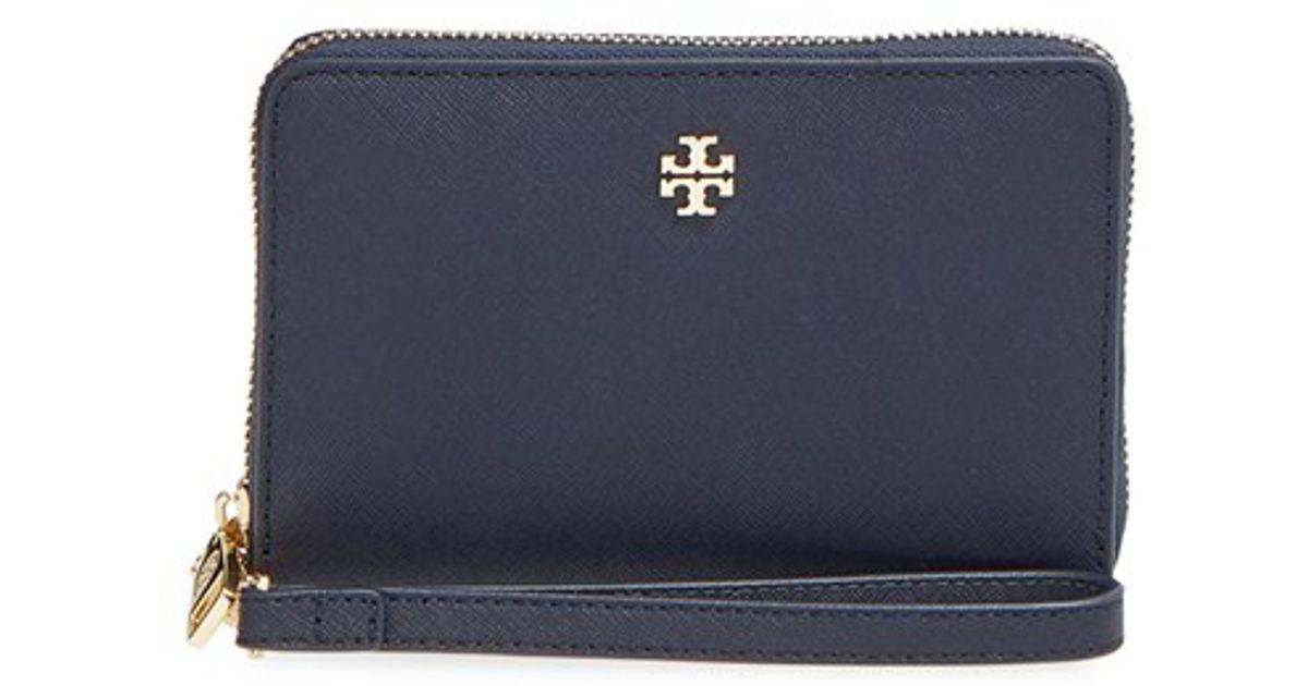75d642e34b6 Lyst - Tory Burch  york  Smartphone Wristlet in Blue
