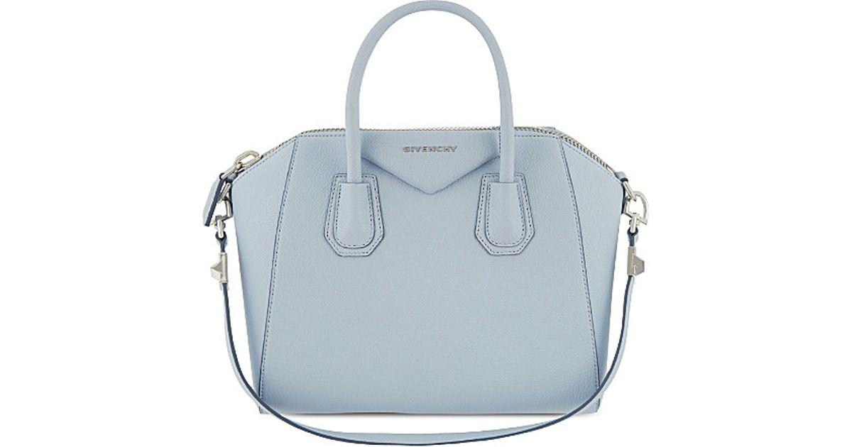 dc7e6c7e7a Lyst - Givenchy Antigona Sugar Small Leather Tote in Blue
