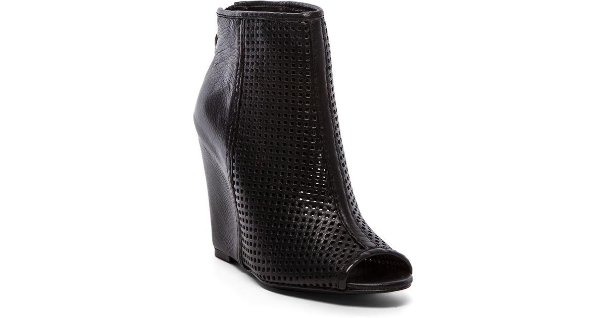 d663e505527 Lyst - Ash June Bootie in Black