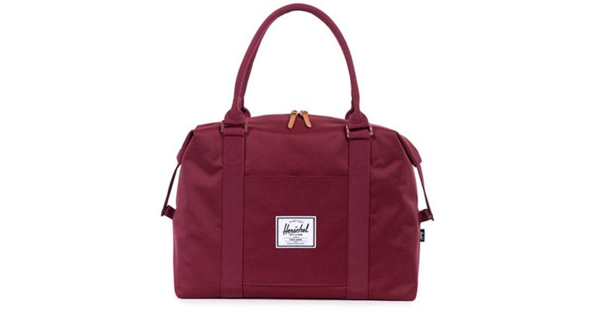 Purple Co Burgundy Lyst Herschel Bag Duffel In 'strand' Supply UvPE8q