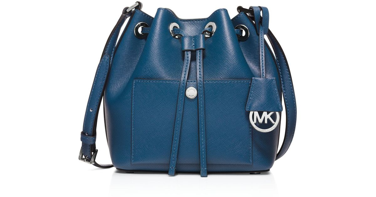 michael kors small greenwich bucket bag in blue steel blue light. Black Bedroom Furniture Sets. Home Design Ideas