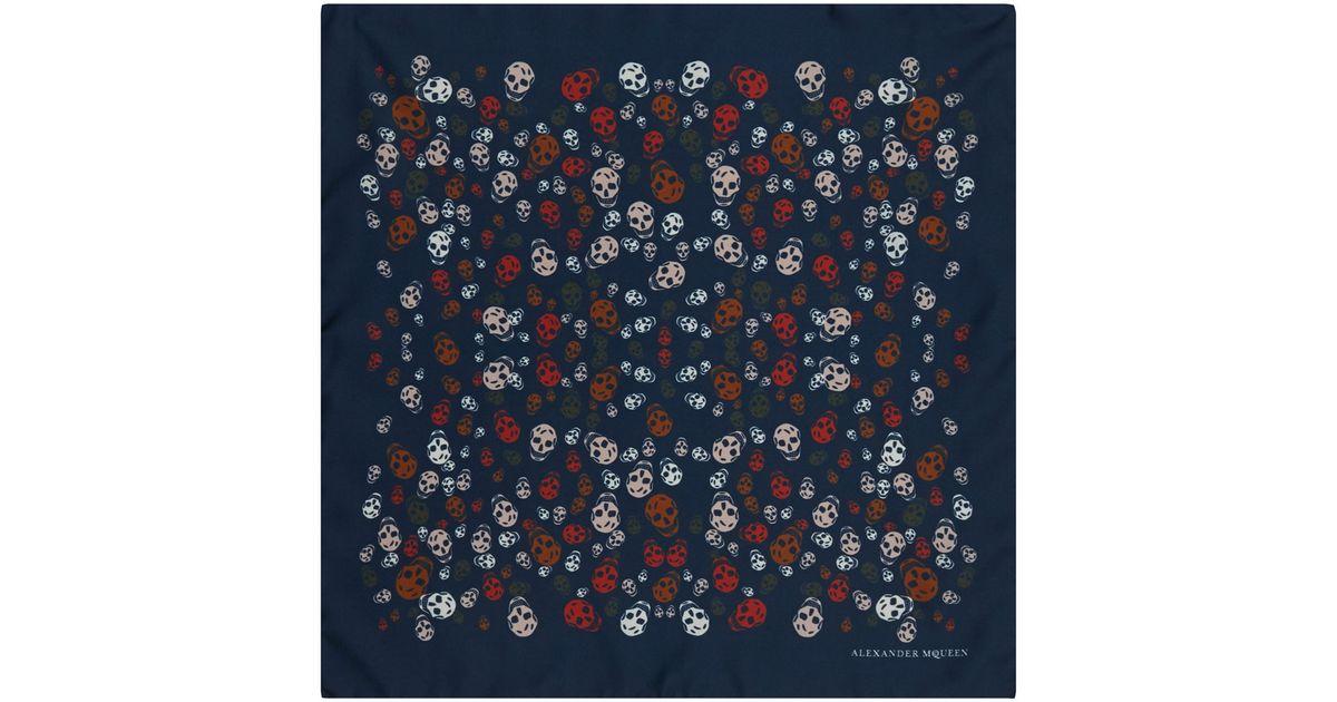 3d9228b475985 Alexander McQueen Navy Skull Print Silk Pocket Square in Blue for Men - Lyst