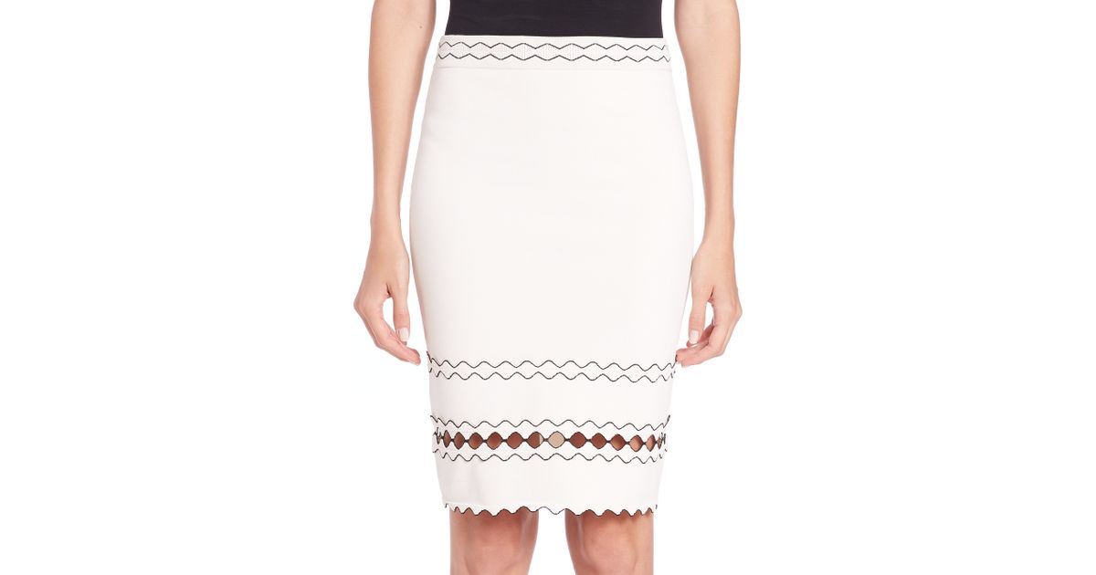 bc93784c1 Alexander McQueen Contrast-trimmed Knit Skirt in White - Lyst