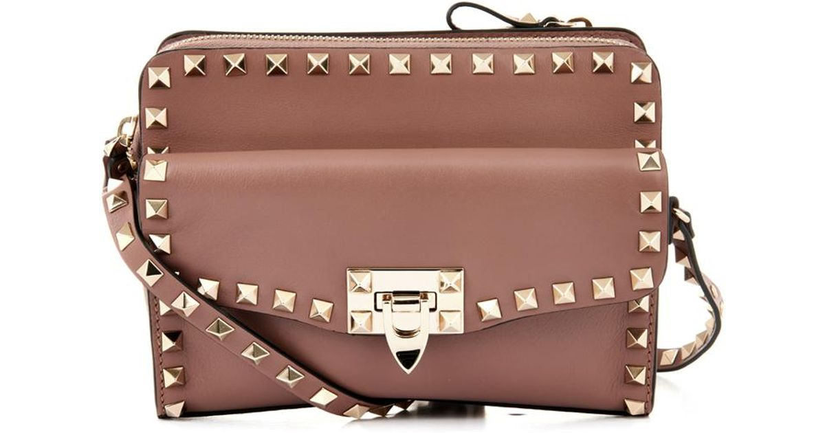 688d8e0a1 Valentino Rockstud Removable Pouch Crossbody Bag in Pink - Lyst