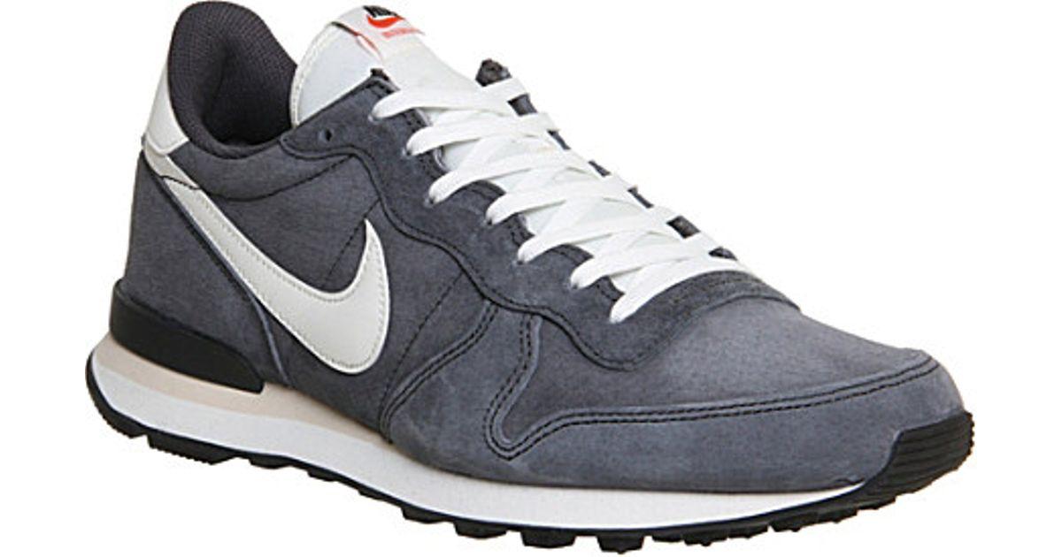 hot sale online c5eac 5baf3 Nike Internationalist Trainers - For Men in Gray for Men - Lyst