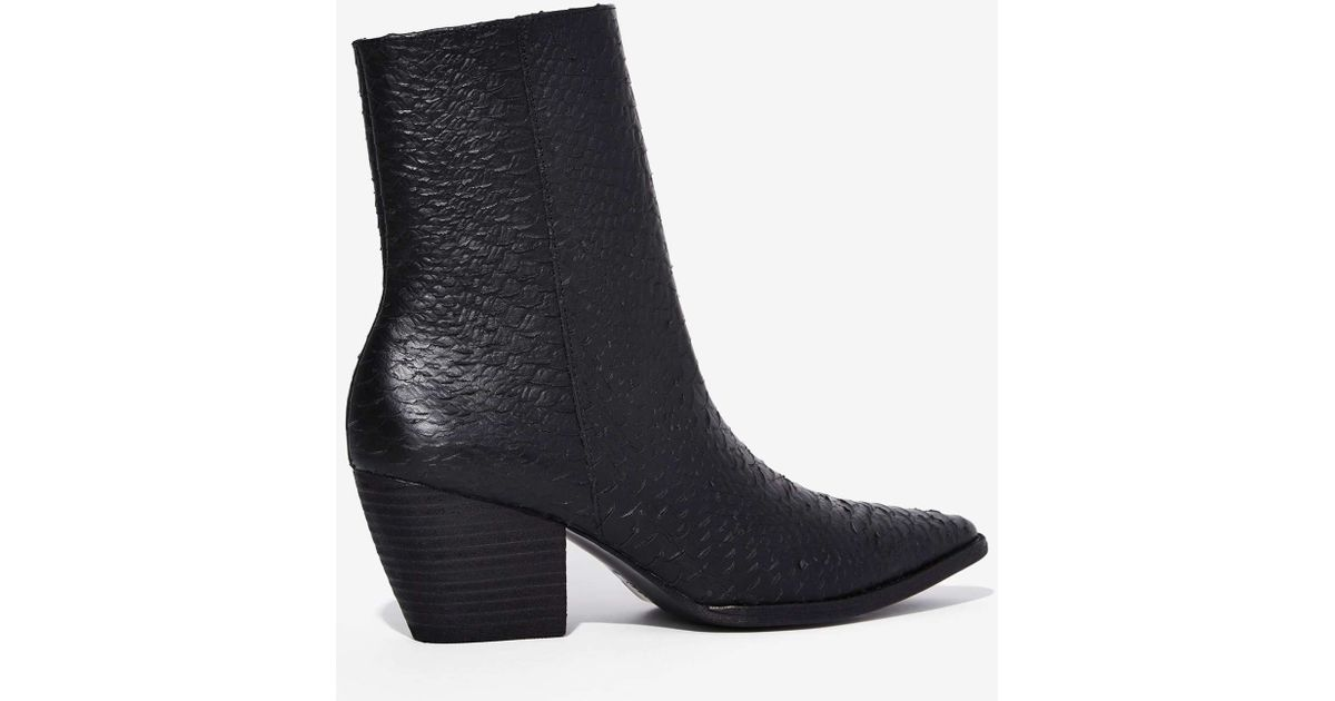 Matisse Caty Python Boot in Black - Lyst