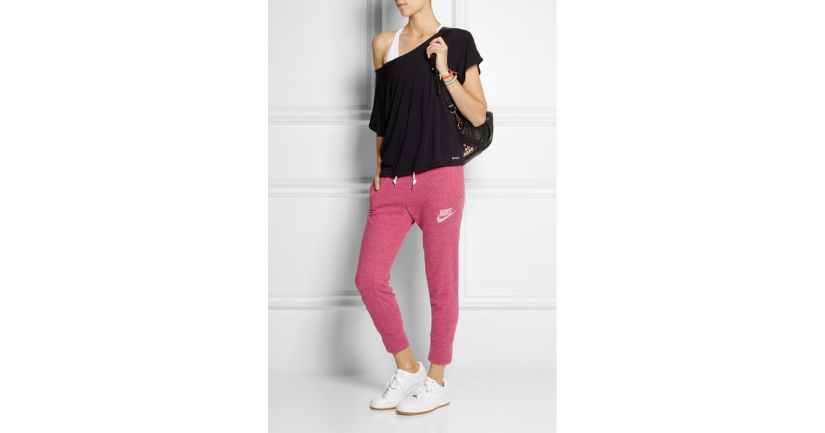 ec4b0e945dad36 Nike Gym Vintage Capri Cotton-Blend Jersey Track Pants in Pink - Lyst