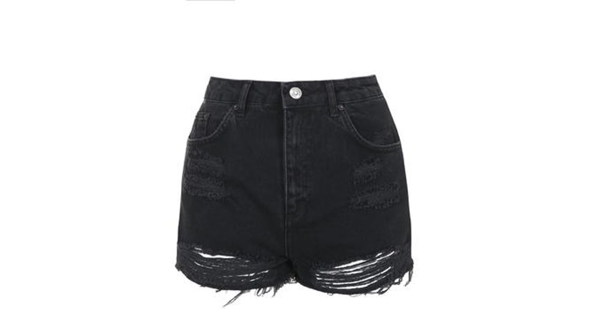 6c10cb21d2 TOPSHOP Moto Washed Black Ripped Mom Shorts in Black - Lyst