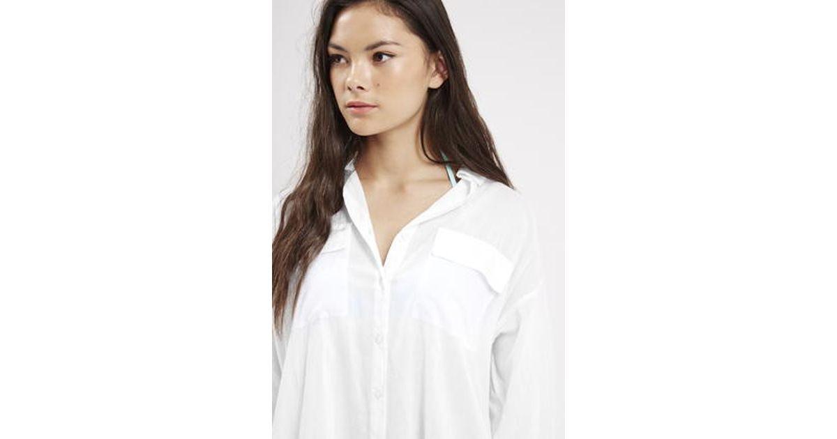 d7ecf306bf7e8 TOPSHOP Oversized Beach Shirt in White - Lyst