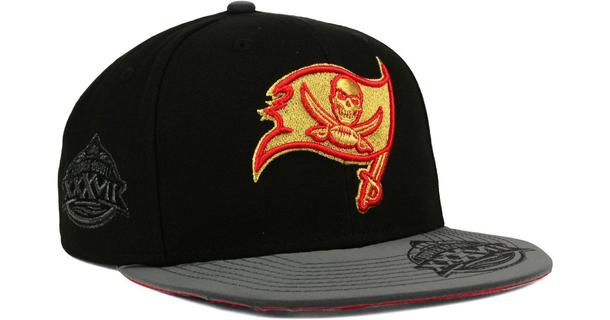 timeless design 2b196 68f53 clearance lyst ktz tampa bay buccaneers super bowl 50 edge 9fifty snapback  cap in black for