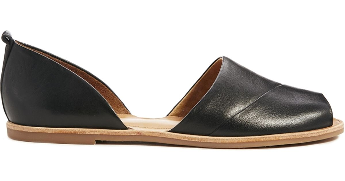 Nine west Baybrynne Peep Toe Flat in Black | Lyst