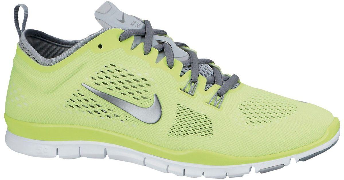 9de0b49030c9 Nike Free 5 Women S Cross Trainers in Green - Lyst