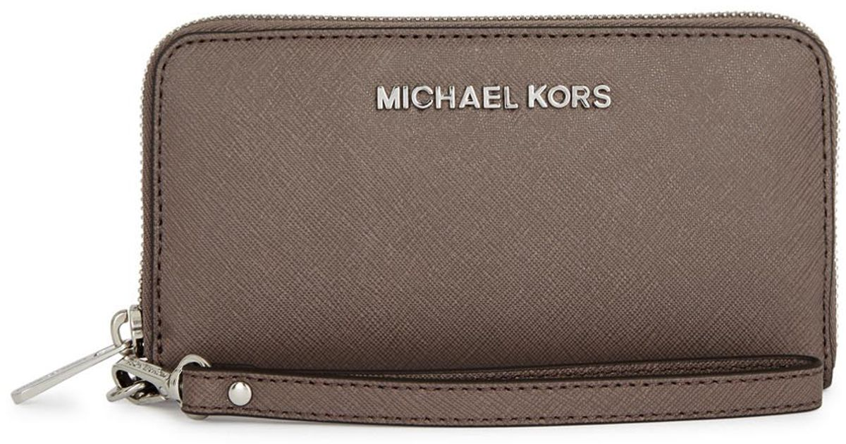 51826a6e3f3f4d Michael Kors Jet Set Travel Mushroom Saffiano Leather Wallet in Gray - Lyst
