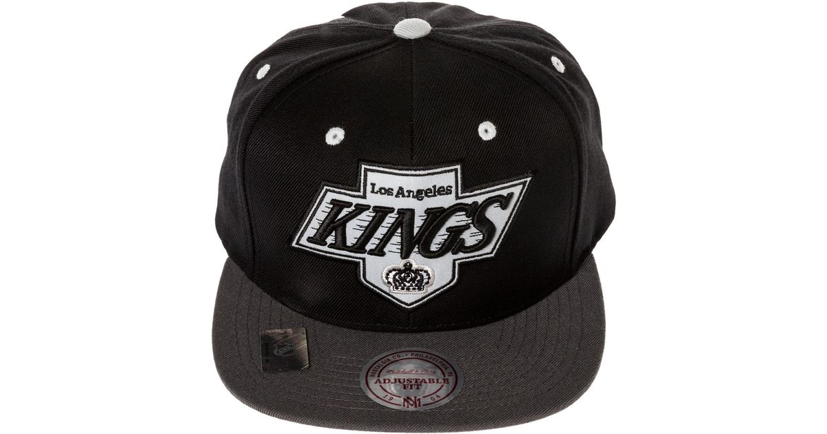 41f13e291c2 Lyst - Mitchell   Ness The Los Angeles Kings Vintage Xl Reflective 2tone  Snapback Hat in Black for Men