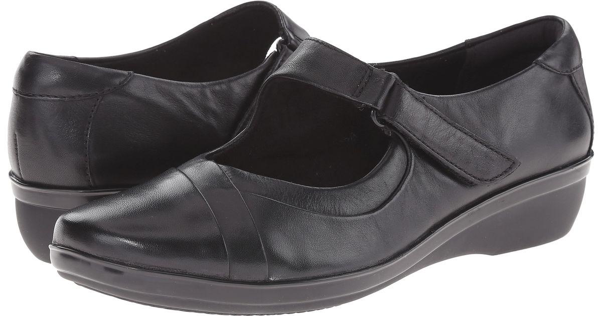 Womens Shoes Clarks Foxvale Pine Black Leather