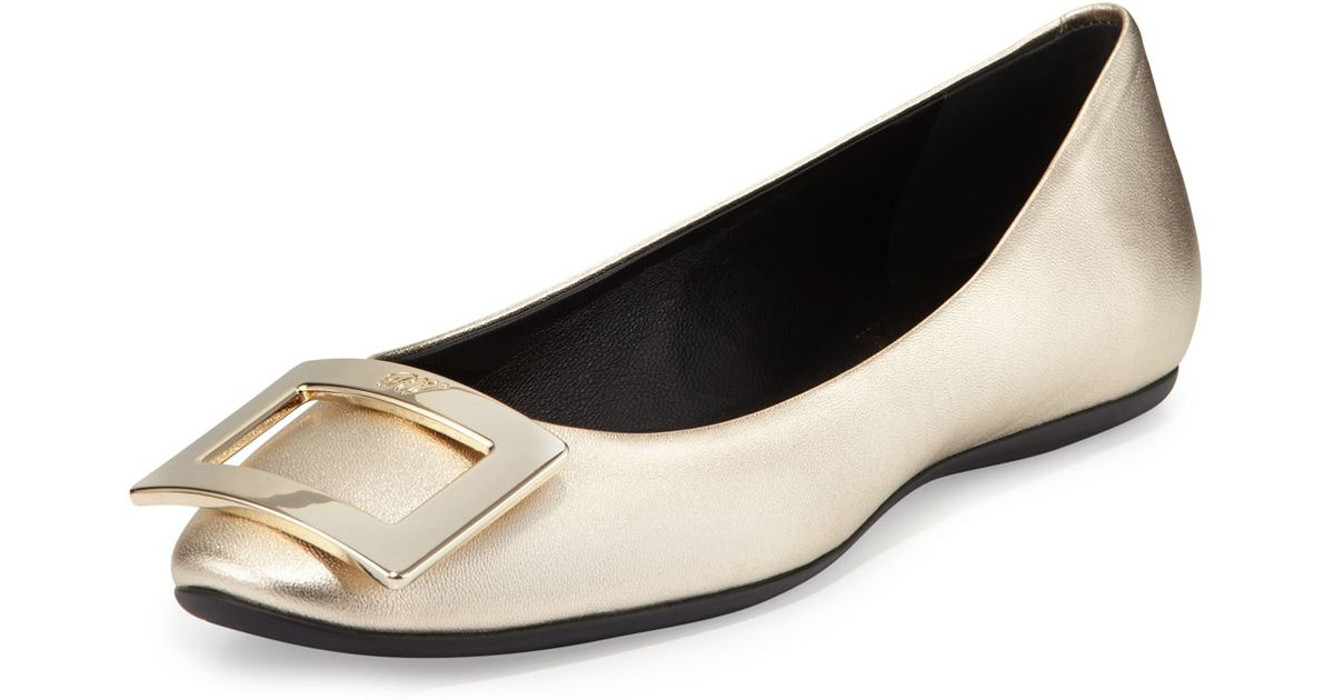 Roger Vivier Leather Flats Buy Online Outlet Top Quality Sale Online Clearance Sale Online Discount Huge Surprise VKY1wJPARq