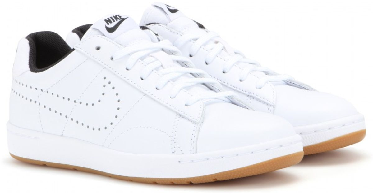 on sale c571d a974a Nike Tennis Classic Ultra Sneakers in White - Lyst