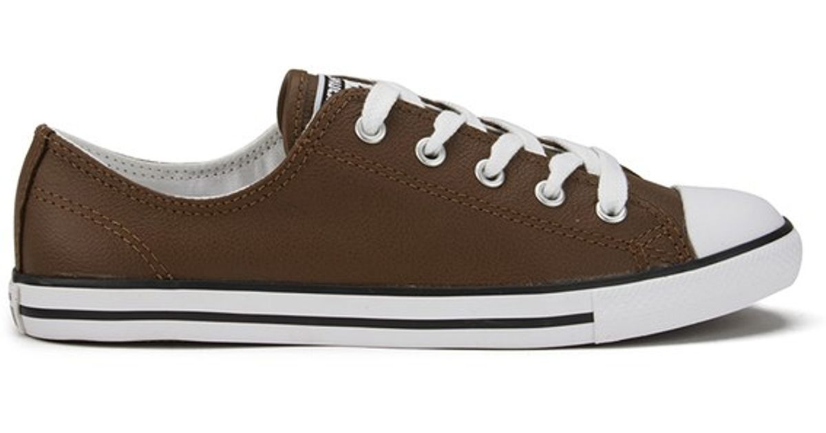 410804bb282b Converse Women s Chuck Taylor All Star Dainty Seasonal Leather Ox Trainers  in Brown - Lyst