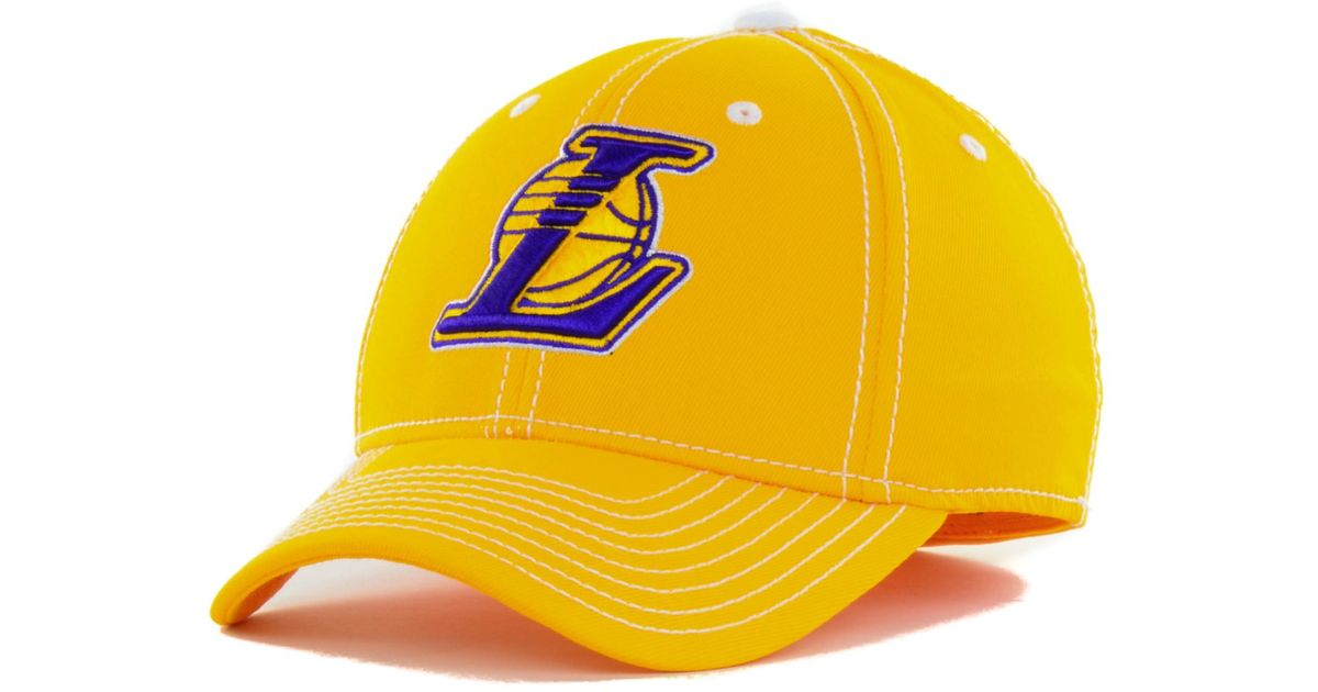 787660ad38b523 adidas Los Angeles Lakers Nba Primary Team Flex Cap in Yellow for Men - Lyst