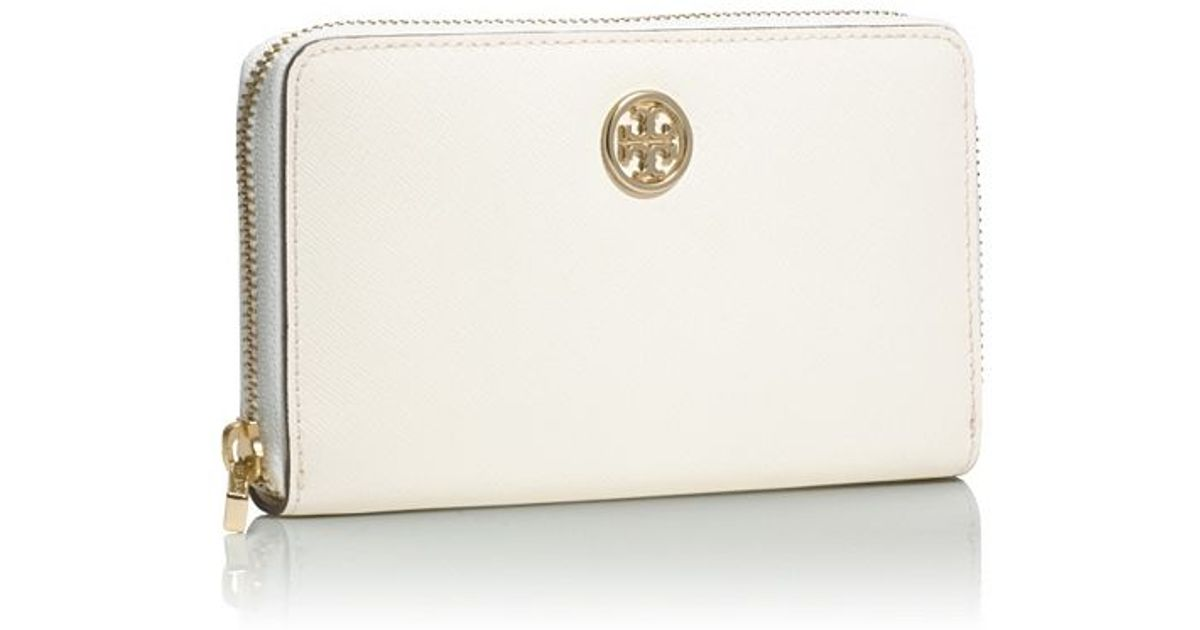 387447014d7 Tory Burch Robinson Mini Zip Continental Wallet in White - Lyst