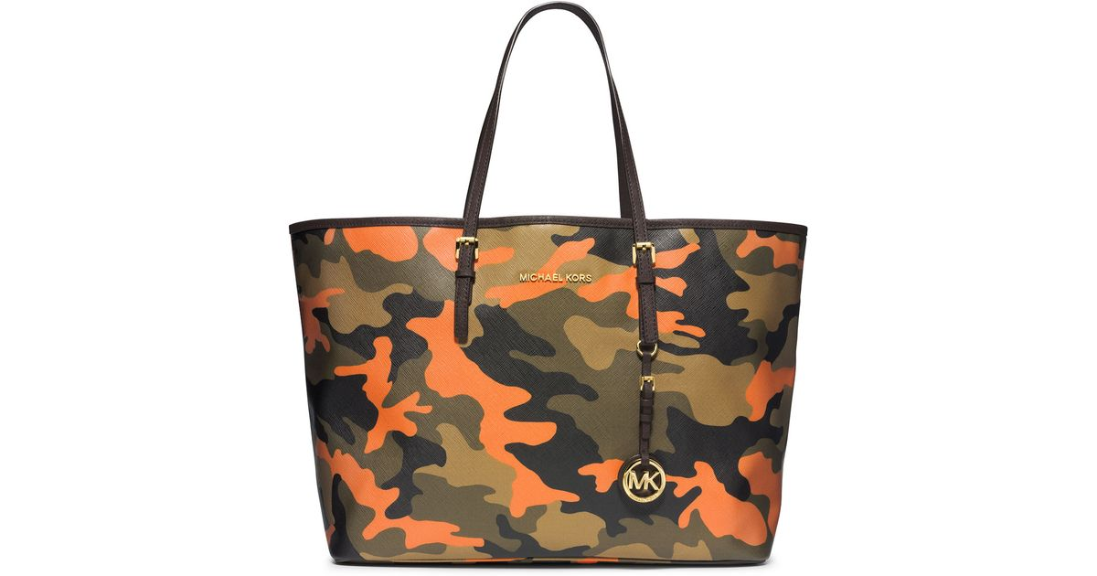 bd7ca67a7a8a MICHAEL Michael Kors Medium Jet Set Camo Travel Tote in Green - Lyst