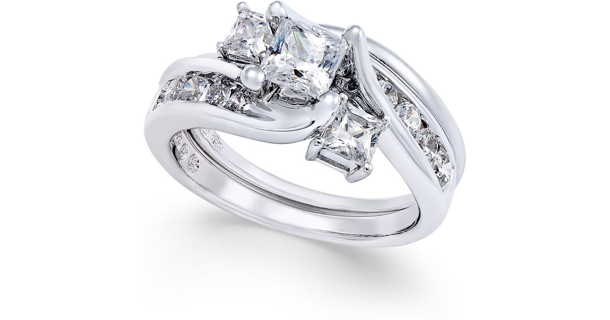Macy s Diamond Interlocking Bridal Set 1 1 2 Ct T w In 14k White Gold