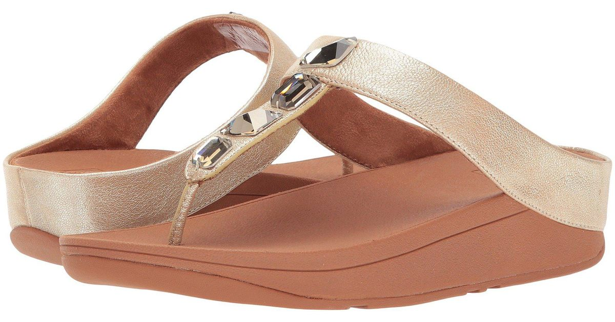 c58918c780df11 Lyst - Fitflop Roka Toe Thong Sandals in Metallic