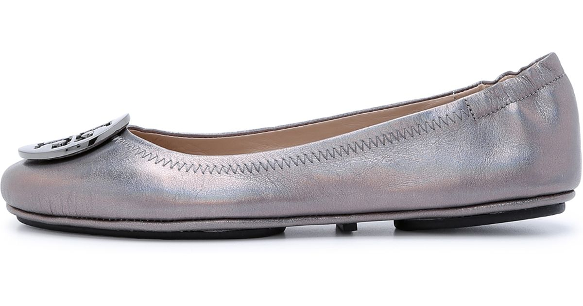 28c6bbbb990938 Lyst - Tory Burch Minnie Travel Ballet Flats - Gunmetal in Gray