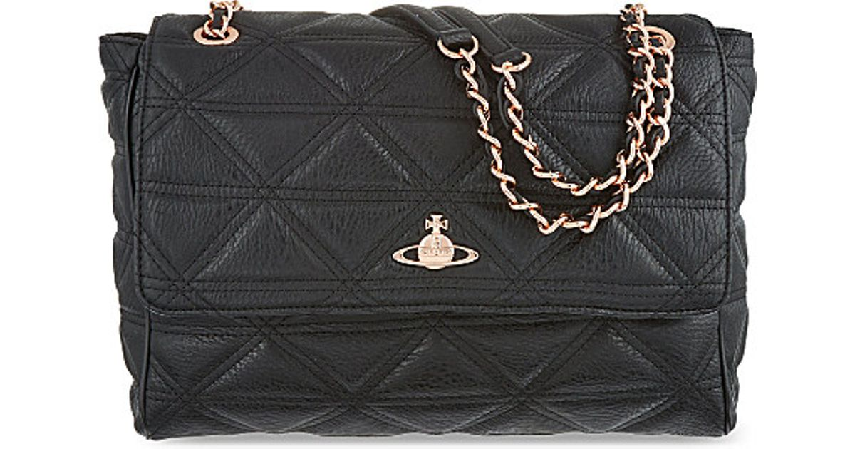 5a7c3dcff0 Vivienne Westwood Large Quilted Chain Bag, Women's, Black in Black - Lyst
