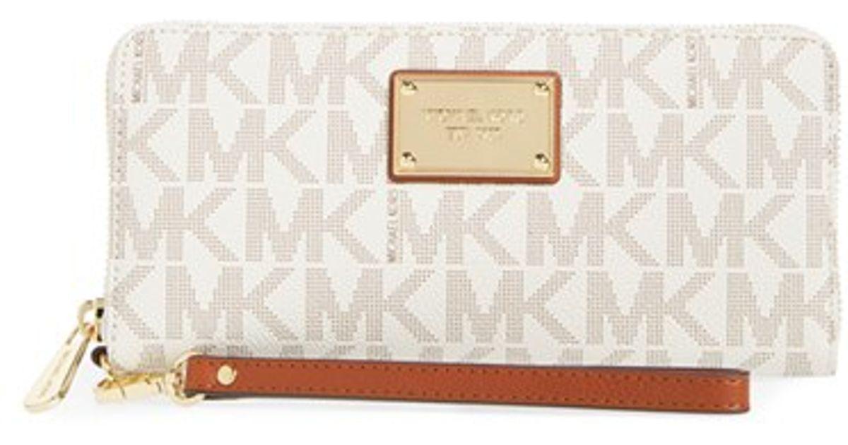 83764c176d5535 MICHAEL Michael Kors 'jet Set' Faux Leather Wallet in White - Lyst