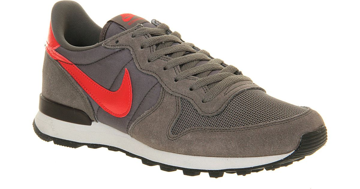 factory price f87d8 7e223 Nike Internationalist Trainers Dark Pewter Crimson in Gray for Men - Lyst