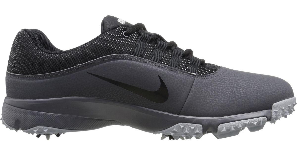 Nike Air Rival 4 in Black/White/Black