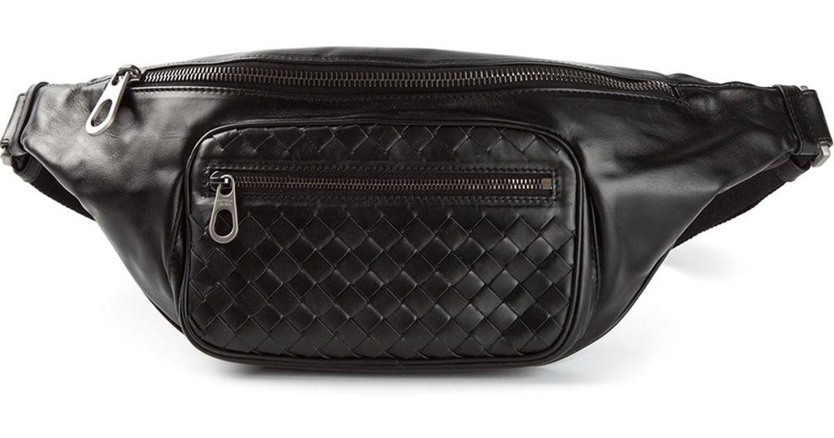 bfdab997b4c5 Bottega Veneta Classic Belt Bag in Black for Men - Lyst