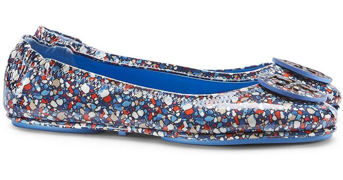 Lyst - Tory Burch Minnie Travel Ballet Flat, Festival Print Patent Leather  in Blue
