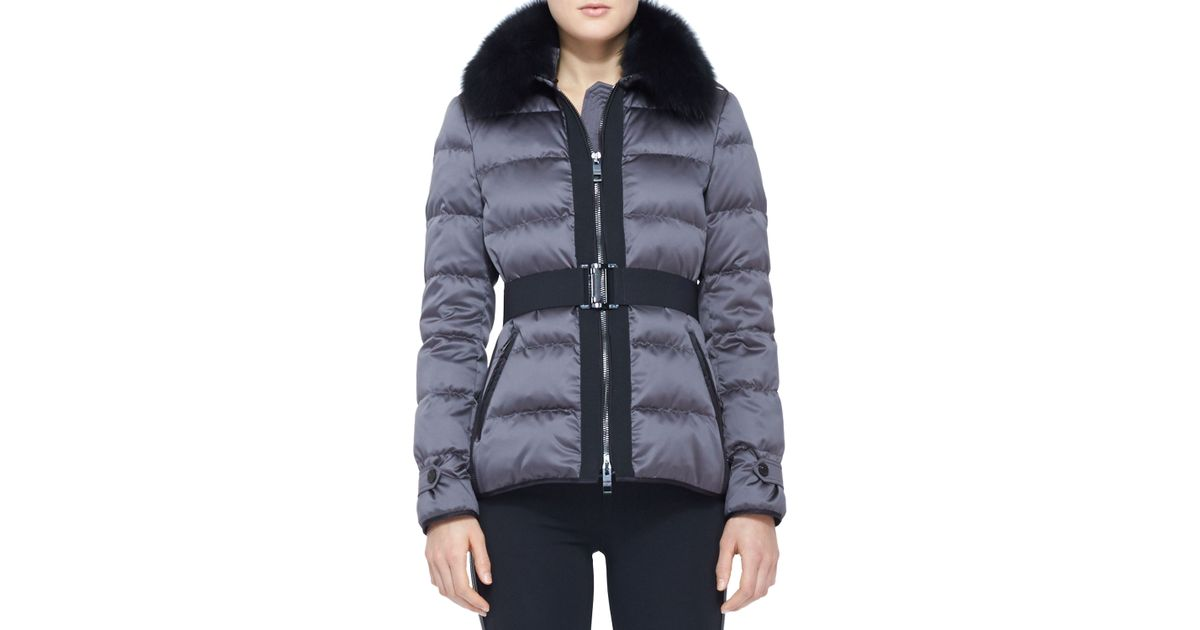 0cc7e5664f0 Burberry Belted Fur Collar Puffer Jacket in Blue - Lyst