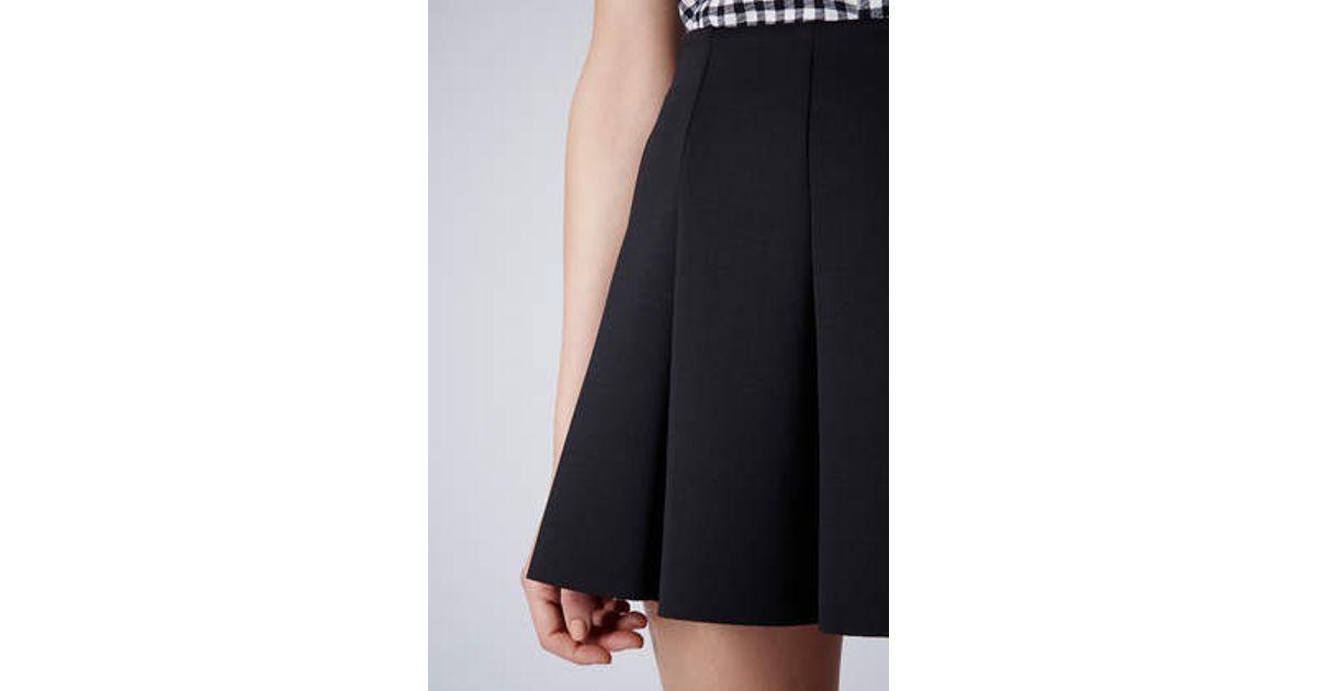 62fc26faa0 TOPSHOP Petite Scuba Flippy Skirt in Black - Lyst