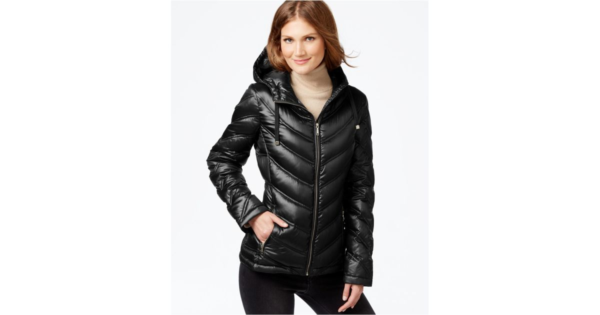 2acd1044f Calvin Klein Black Chevron-quilted Packable Down Puffer Coat