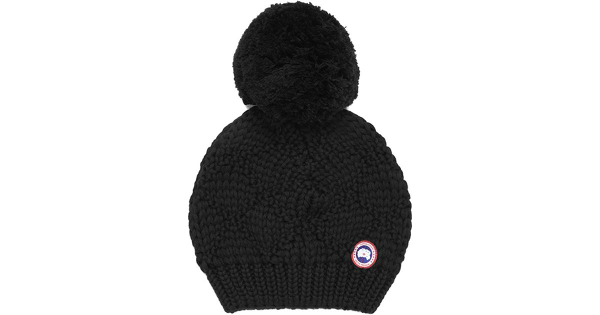 15681355 Canada Goose Red Oversized Wool Pompom Beanie Hat