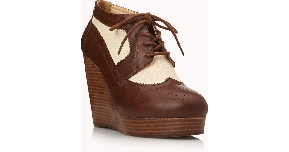 Womens Brown Spectator Shoes