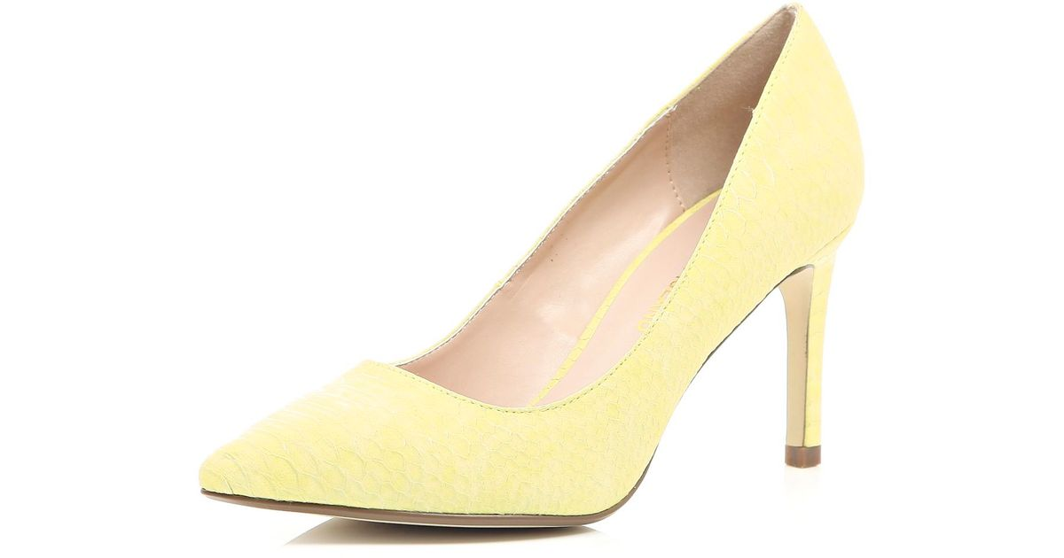 f35d21aa80e River Island Yellow Snake Print Mid Heel Pumps in Yellow - Lyst