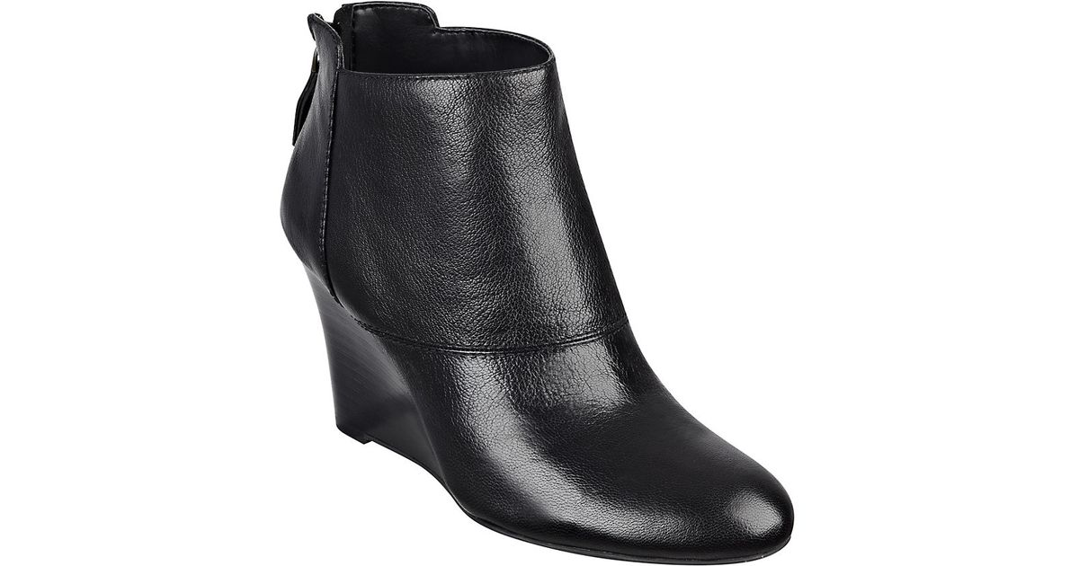 nine west optimistic leather wedge ankle boots in black lyst