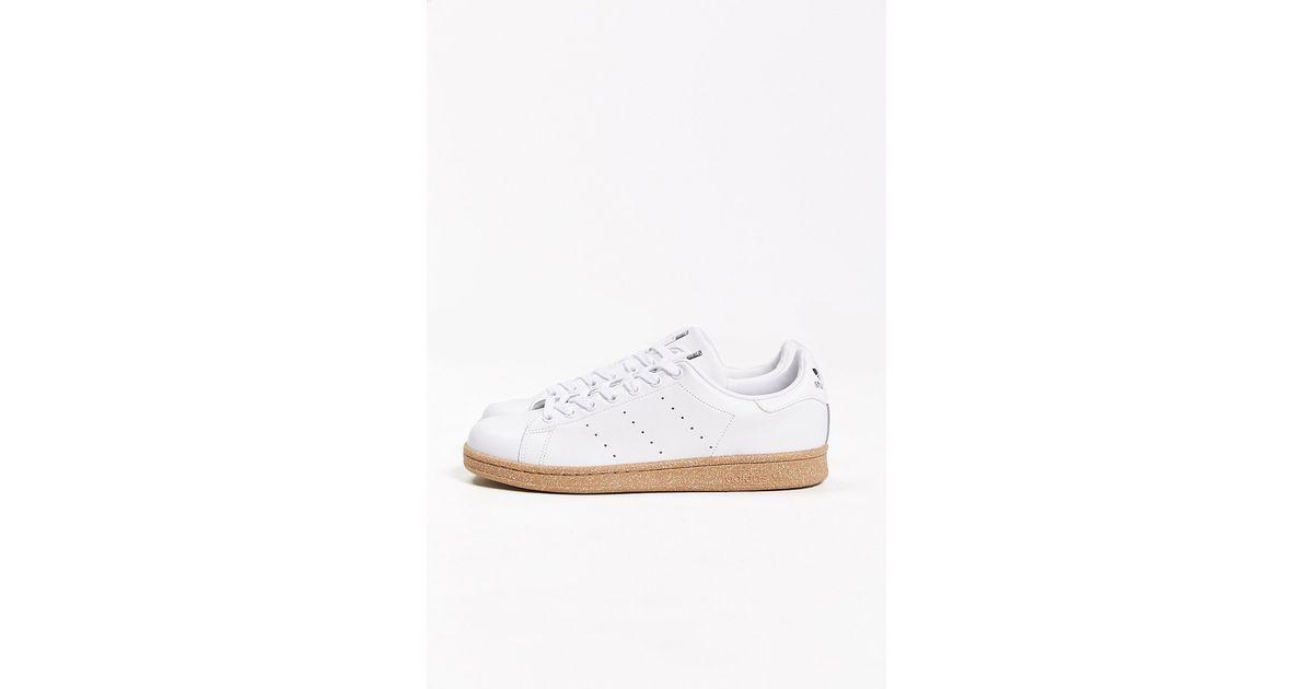 pretty nice 855b1 b7cfa Adidas White Originals Stan Smith Gum-Sole Sneaker for men
